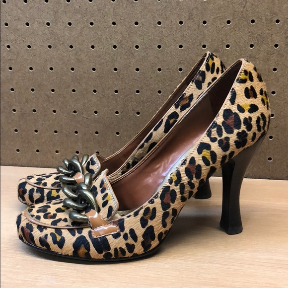 9af6cf62c81 BCBGirls Shoes - BCB Girls Animal Print Skin Women s Heels sz 7